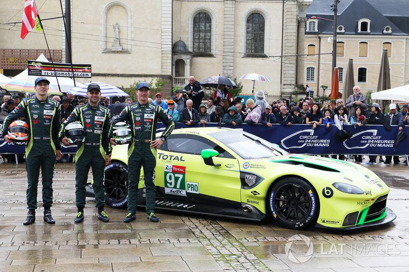 #97 Aston Martin Racing Aston Martin Vantage AMR: Alex Lynn, Maxime Martin, Jonathan Adams