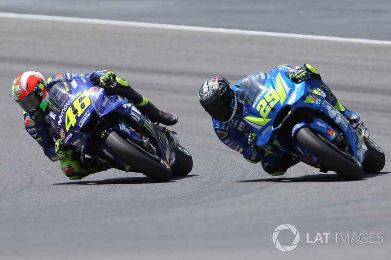 MotoGP Italia - Valentino Rossi dan Andrea Iannone