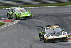 #24 Alegra Motorsports Porsche 911 GT3 R: Michael Christensen, Spencer Pumpelly, #54 Black Swan Raci