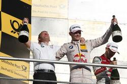 Podium: Marco Wittmann, BMW Team RMG, BMW M4 DTM and Stefan Reinhold, Team principal BMW Team RMG