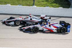 Gabby Chaves, Dale Coyne Racing Honda, Helio Castroneves, Team Penske Chevrolet