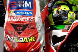 Andrea Iannone, Ducati Team na crash