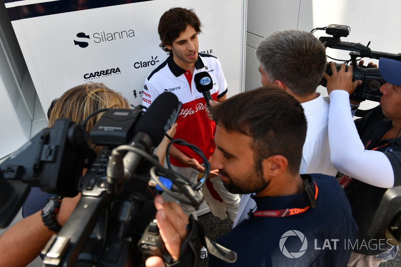 Antonio Giovinazzi, Sauber talks with the media