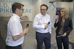 Francois-Xavier Demaison, Sven Smeets, directeur de Volkswagen Motorsport, Maren Braun