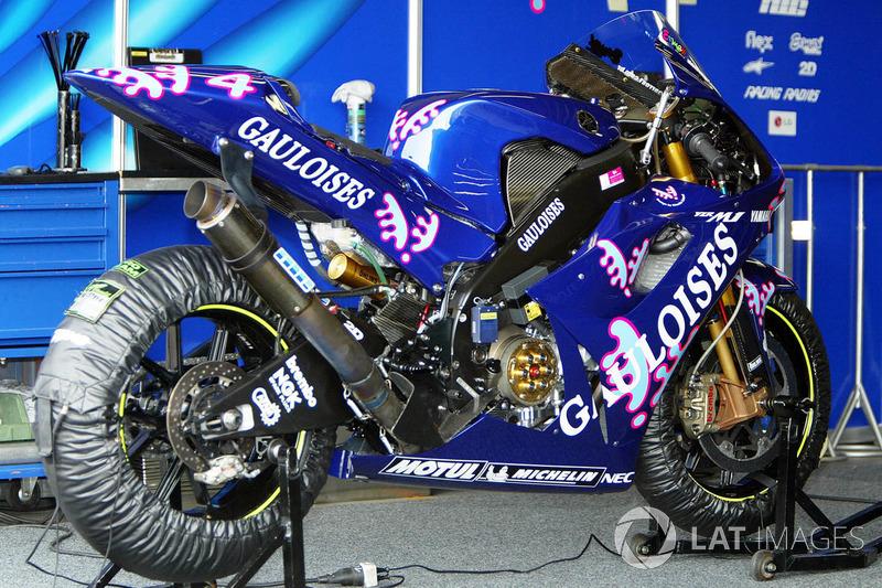 Alex Barros (Gauloises Yamaha) - GP du Pacifique 2003