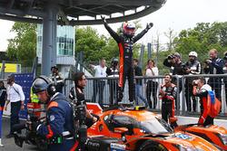 Yarış galibi #26 G-Drive Racing Oreca 07 - Gibson: Jean Eric Vergne