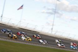 Брендан Гоэн, Richard Childress Racing Chevrolet и Бреннан Пул, Chip Ganassi Racing Chevrolet