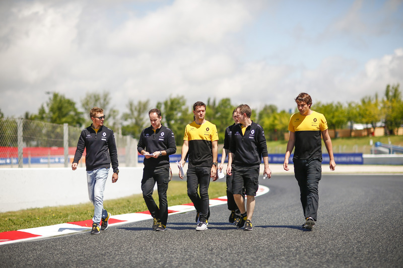 Jolyon Palmer, Renault Sport F1 Team, Sergey Sirotkin, test and development driver, Renault Sport F1 Team