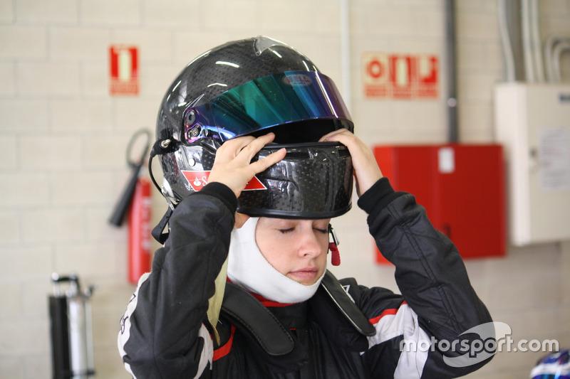 Marta García en los test de la F4 Española en Navarra