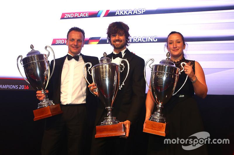 2016 Copa Sprint Pro-AM equipos, Kessel Racing, campeón, AKKA ASP, segundo lugar, Rinaldi Racing, tercer lugar