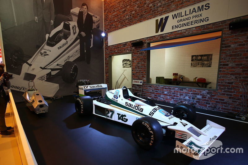 Un Williams FW06 en la exhibición Martini Williams Racing