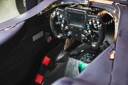 Auto von Pierre Gasly, Team Mugen: Cockpit
