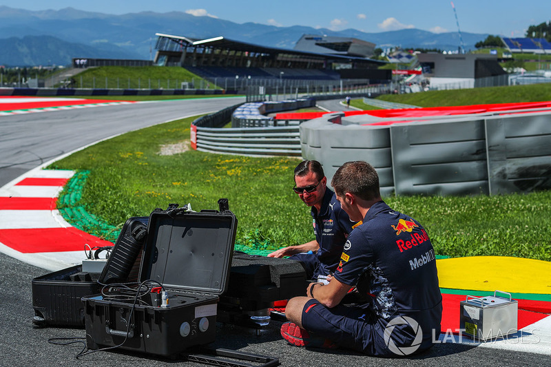 Гран Прі Австрії. Інженери Red Bull Racing