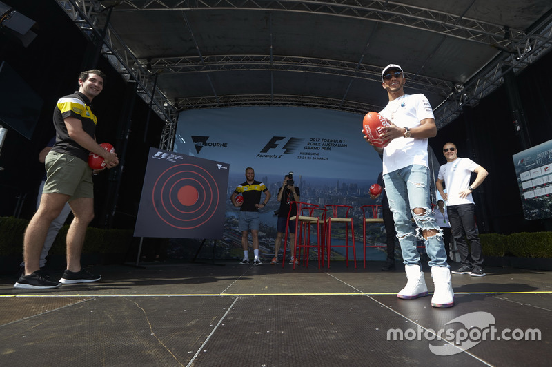 Valtteri Bottas, Mercedes AMG F1; and Lewis Hamilton, Mercedes AMG F1