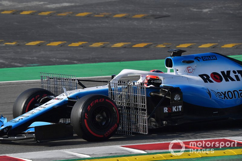 Robert Kubica, Williams FW42 with aero sensor