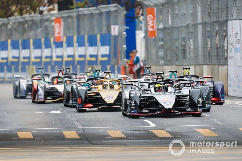 Oliver Rowland, Nissan e.Dams, Nissan IMO1 Stoffel Vandoorne, HWA Racelab, VFE-05, Andre Lotterer, DS TECHEETAH, DS E-Tense FE19 alla partenza