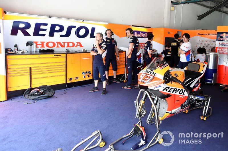 Le garage Repsol Honda Team