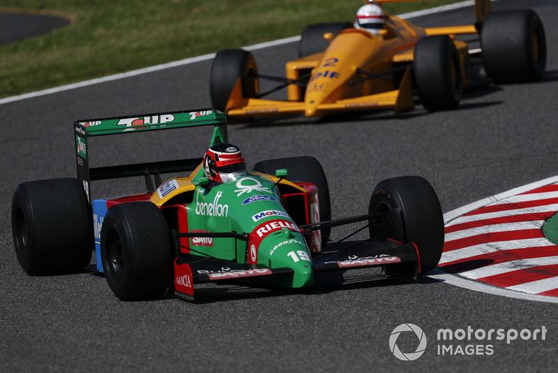Aguri Suzuki, Benetton B188 lors des Legends F1 30th Anniversary Lap Demonstration