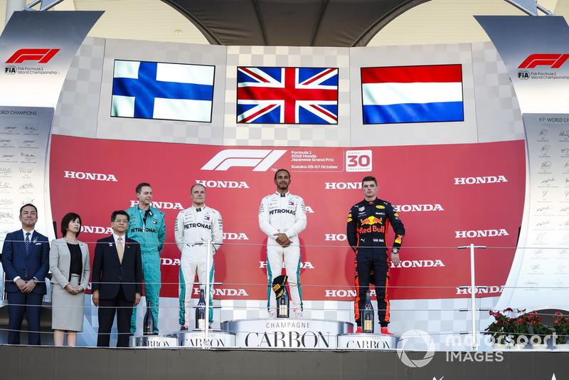 Japon - Podium : Lewis Hamilton, Valtteri Bottas, Max Verstappen