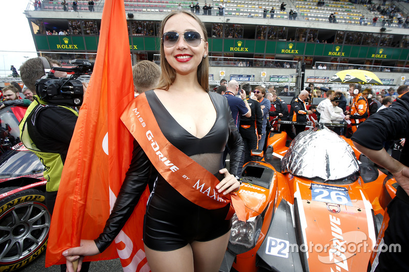 Chica del G-Drive Racing