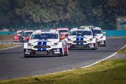 2.0T Race action