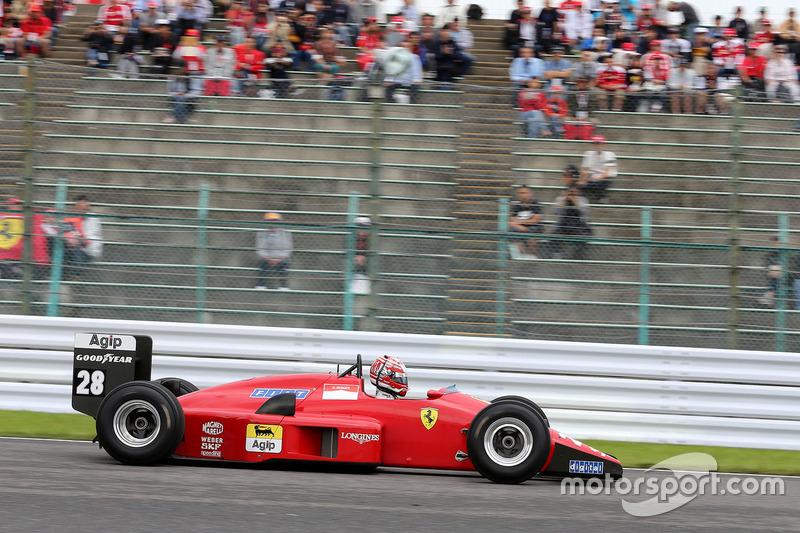 Kazuki Nakajima im Ferrari F1/88C von Gerhard Berger
