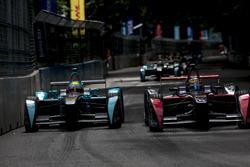 Oliver Turvey, NEXTEV TCR Formula E Team; Jean-Eric Vergne, DS Virgin Racing