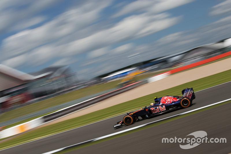 8. Carlos Sainz Jr., Scuderia Toro Rosso STR11