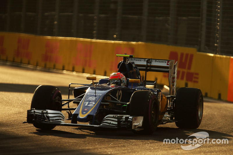 16. Felipe Nasr, Sauber F1 Team C35