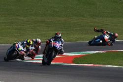 Choque de Jorge Lorenzo, Yamaha Factory Racing, Tito Rabat, Marc VDS Racing
