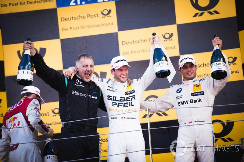 Podio: Ganador de la carrera Maro Engel, Mercedes-AMG Team HWA, Mercedes-AMG C63 DTM y Bruno Spengle