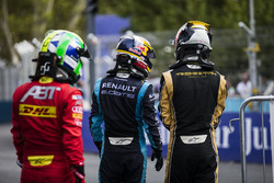 Lucas di Grassi, ABT Schaeffler Audi Sport; Sébastien Buemi, Renault e.Dams; Jean-Eric Vergne, Techeetah