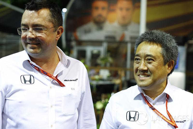 Eric Boullier, Director de carreras de McLaren, Masashi Yamamoto Gerente de la división de deportes de motor, Honda Motor Co