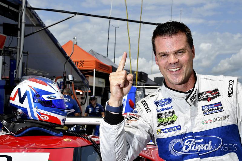 Володар поулу у класі GTLM Дірк Мюллер, Chip Ganassi Racing Ford
