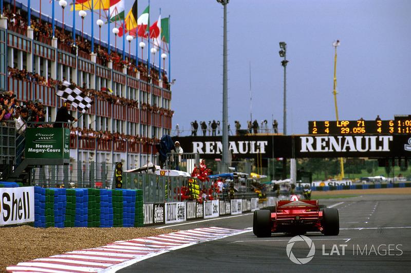 Damalı bayrak: Yarış galibi Michael Schumacher, Ferrari
