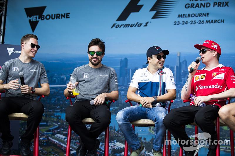 Fanevent mit Stoffel Vandoorne, McLaren; Fernando Alonso, McLaren; Felipe Massa, Williams; Kimi Räikkönen, Ferrari