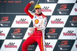 Podium: race winner Scott McLaughlin, Team Penske Ford