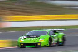 #19 GRT Grasser Racing Team Lamborghini Huracan GT3: Renger Van Der Zande, Frédéric Vervisch, Ezequiel Perez Companc