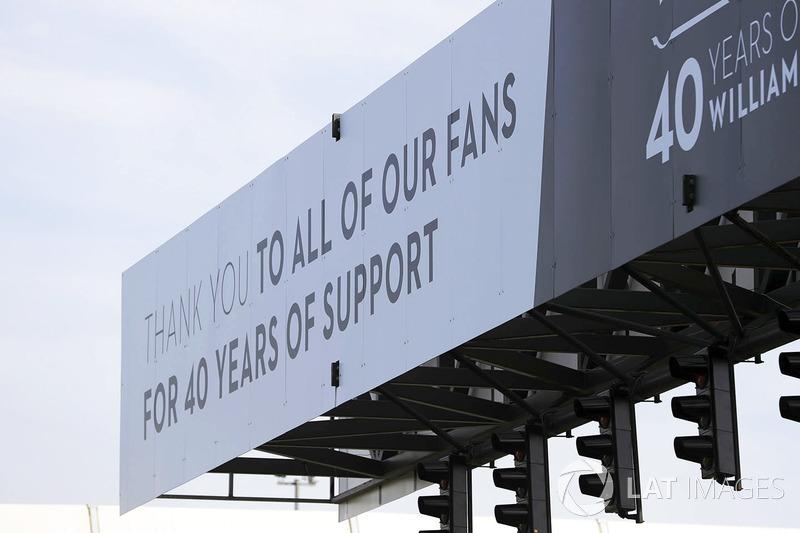 Подяка уболівальникам на честь 40 років Williams