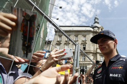 Max Verstappen, Red Bull Racing signs autographs for fans