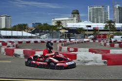 Evento de karting a benéfico