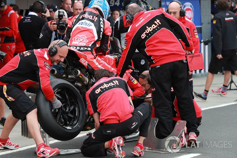 Marco Melandri, Aruba.it Racing-Ducati SBK Team flag-to-flag