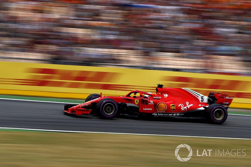 1: Sebastian Vettel, Ferrari SF71H, 1'11.212