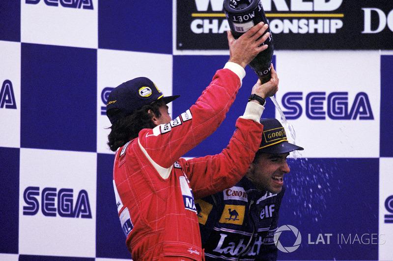 Le vainqueur Ayrton Senna, McLaren, le second Damon Hill, Williams