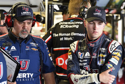 William Byron, Hendrick Motorsports, Chevrolet Camaro Liberty University and Darian Grubb