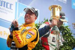 Podio: Tom Coronel, Roal Motorsport, Chevrolet RML Cruze TC1