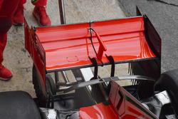 الجناح الخلفي لسيارة فيراري اس.اف71اتش