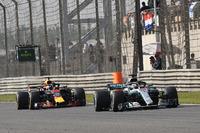 Льюіс Хемілтон, Mercedes-AMG F1 W09 EQ Power+, Даніель Ріккардо, Red Bull Racing RB14