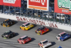 Brad Keselowski, Team Penske Ford, Kurt Busch, Stewart-Haas Racing Ford, Joey Logano, Team Penske Ford