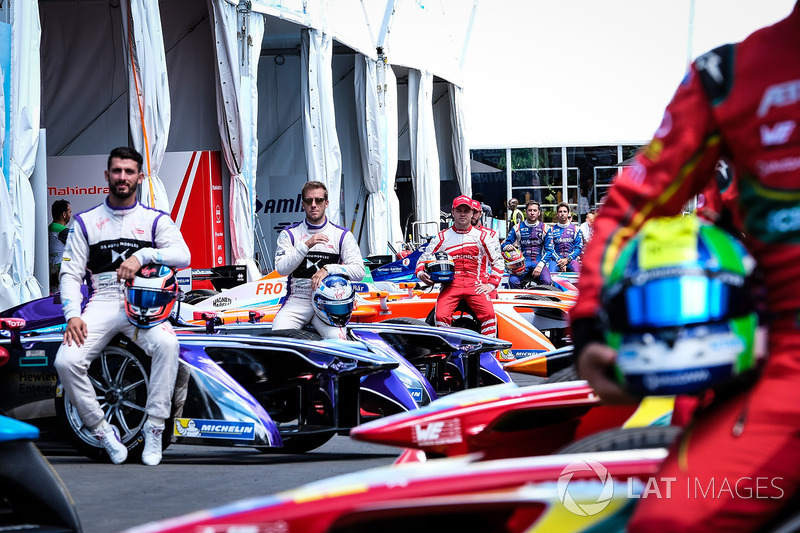 Felix Rosenqvist, Mahindra Racing, Sam Bird, DS Virgin Racing, Jose Maria Lopez, DS Virgin Racing